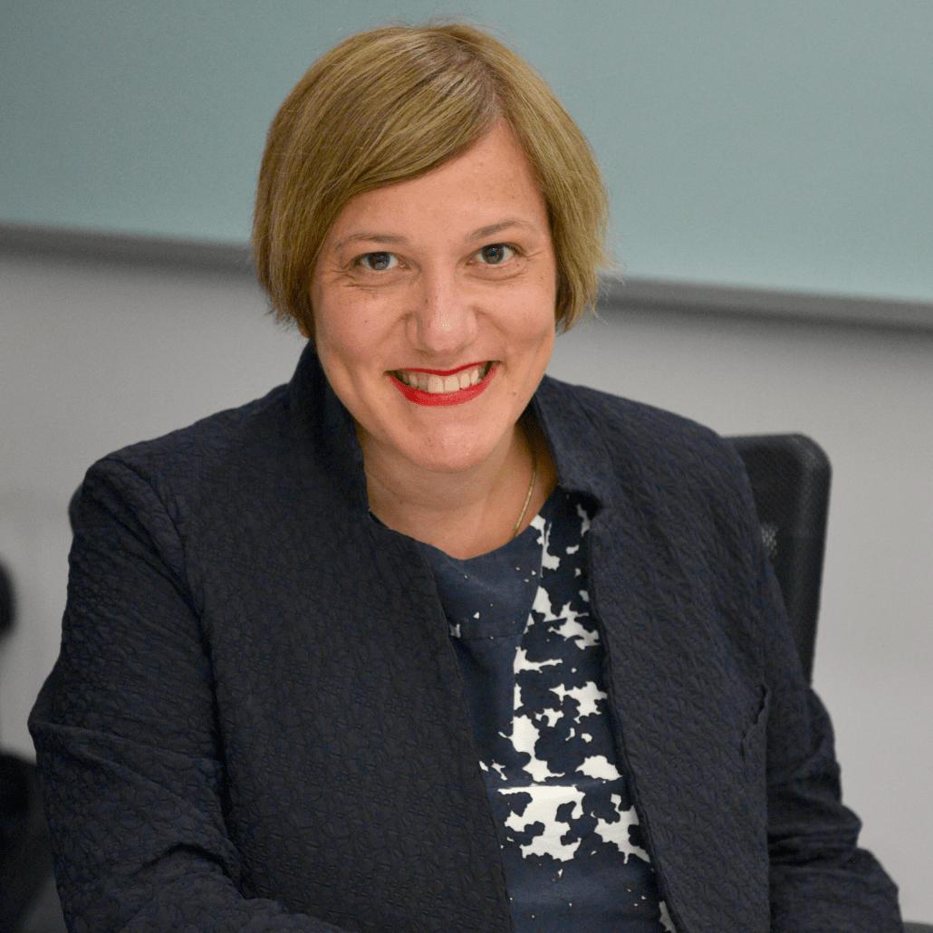 Angela Scaffidi, Minto Pyramid Principle expert, McKinsey trained