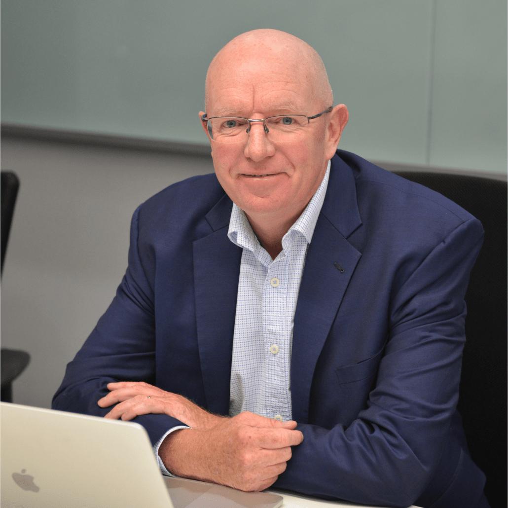 Gerard Castles, Minto Pyramid Principle expert, McKinsey trained